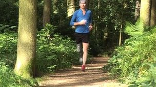 Philip Sheridan running with prosthetic leg