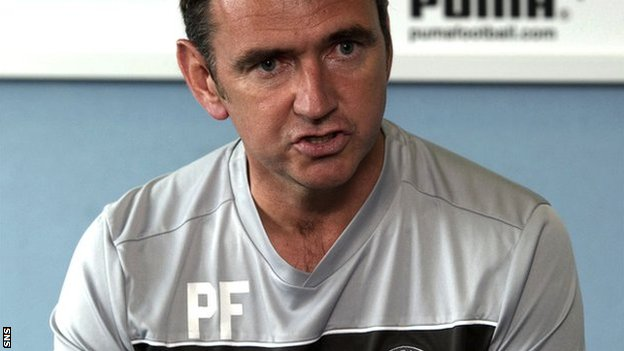 Hibs manager Pat Fenlon
