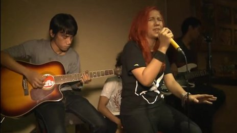 Indonesian indie band Tuffa