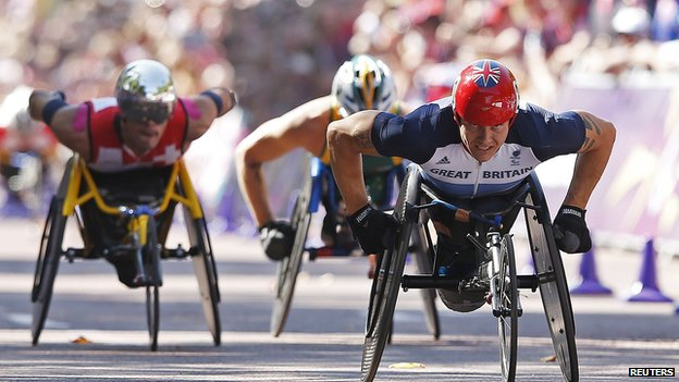 David Weir leading two other athletes
