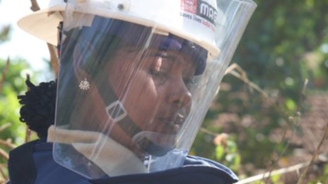 The women clearing Sri Lanka's mines