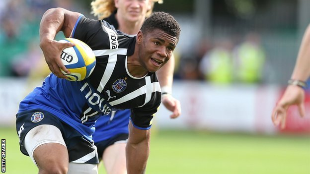 Kyle Eastmond in action for Bath