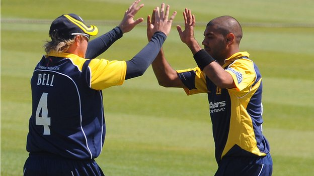 Ian Bell and Jeetan Patel