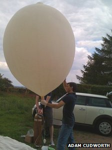 Launching a balloon with a camera in it