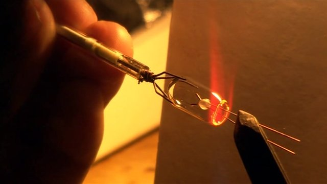 Making of tiny light bulb