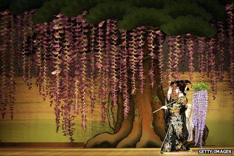 Japanese actor Ebizo Ichikawa XI performs as Spirit of the Wisteria in Fuji Musume as part of Kabuki performed in London, 2006