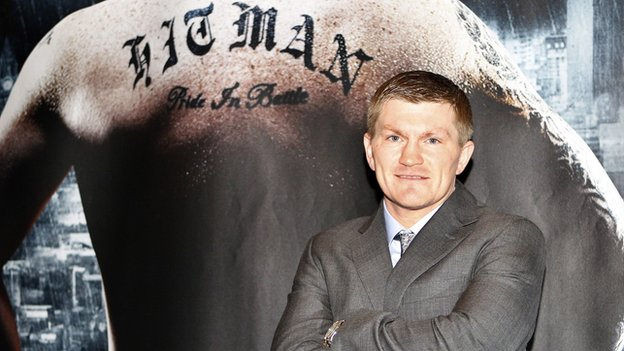 Ricky Hatton announces his comeback