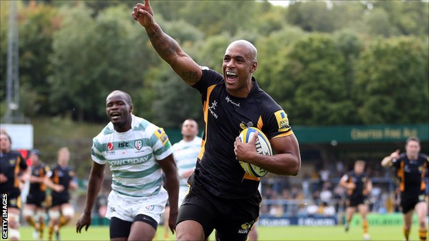 Tom Varndell celebrates his try for Wasps