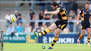 Wasps fly-half Stephen Jones