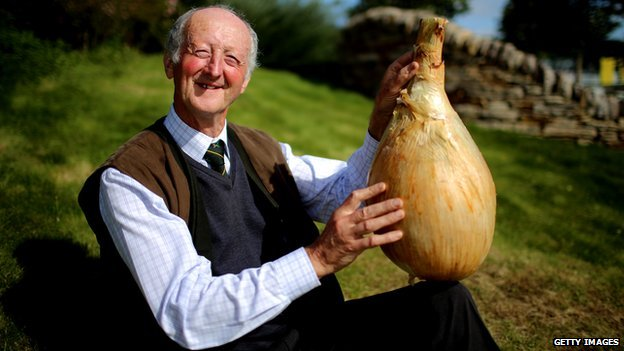 Peter Glazebrook with his world record-breaking onion