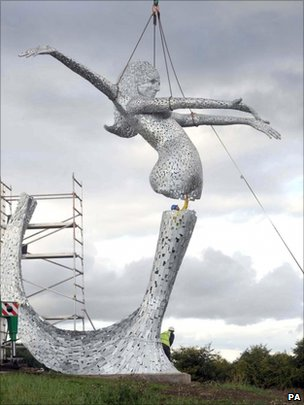 Andy Scott's Arria being put in place in August 2010