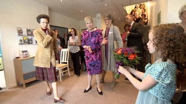Princess Royal opening hospice in Trowbridge