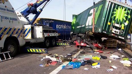 M20 lorry crash