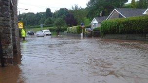 Flooding on Portbury, Somerset (Pic: Vicky Green)