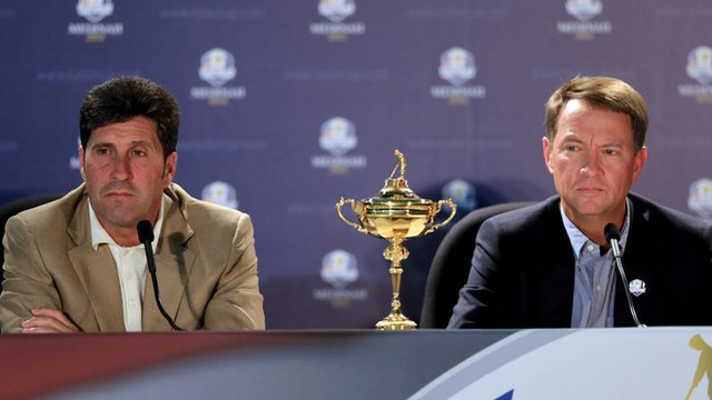 (L-R) Europe captain Jose-Maria Olazaba and US captain Davis Love III