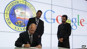 Jerry Brown signing driverless car bill at Google's headquarters