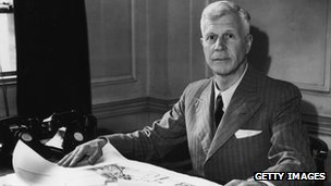 Barnes Wallis at his desk