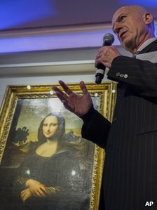 Professor Alessandro Vezzosi stands in front of the Isleworth Mona Lisa on Thursday