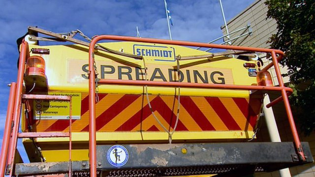 Ice gritting equipment