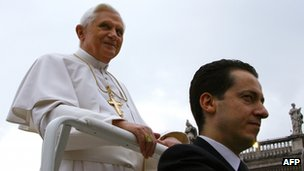 Paolo Gabriele arrives at the Vatican with Pope Benedict (image from 2006) 