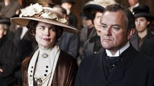 Elizabeth McGovern and Hugh Bonneville in Downton Abbey