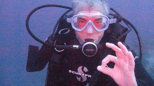 Paul Lawrenson scuba diving