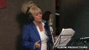 Barbara Windsor singing