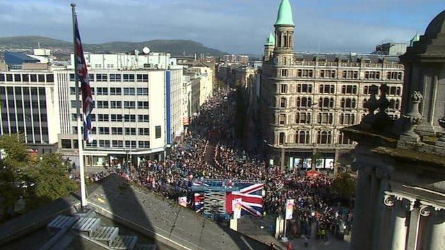 Belfast Covenant parade begins