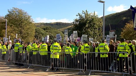 protest in edinburgh