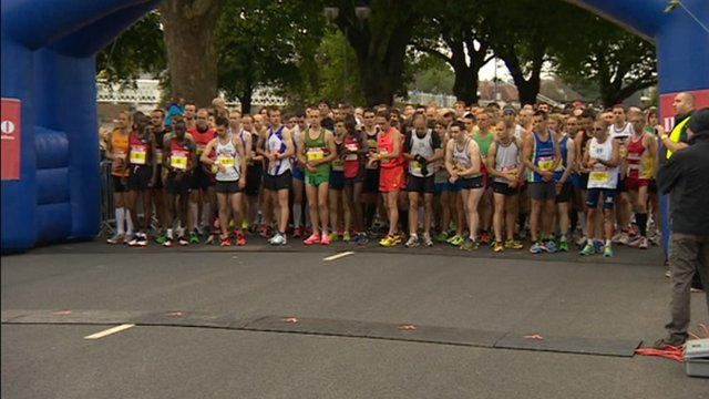 More than 8,000 runners took part in the Robin Hood Ikano half marathon