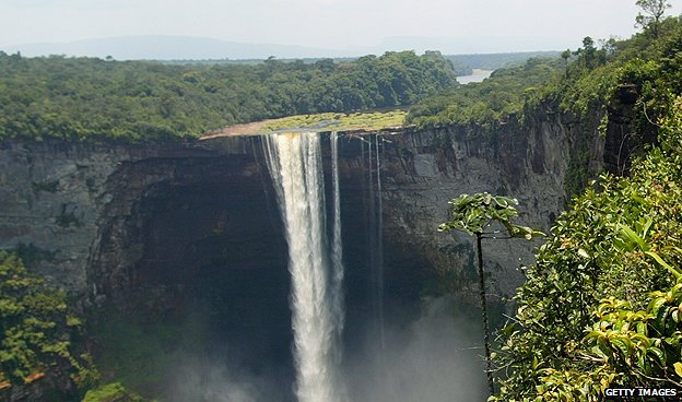 Kaieteur Falls in Guyana (April 2003)