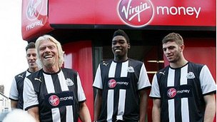 Richard Branson and Newcastle players show off Virgin Money sponsorship