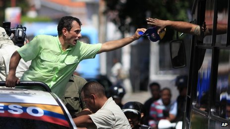 Opposition presidential candidate Henrique Capriles