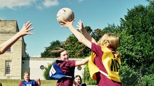 Private school pupils play netball