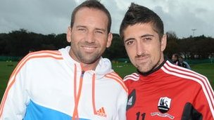 Sergio Garcia (left) with Pablo Hernandez
