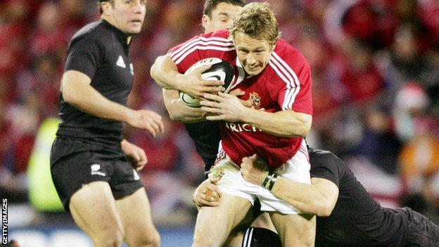 Jonny Wilkinson in action for the Lions against New Zealand