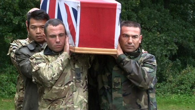 Soldiers practise carrying a coffin