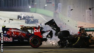 Schumacher crashed into Vergne in Singapore