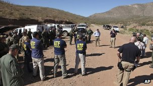 US border officials in Naco, Arizona 2 October 2012