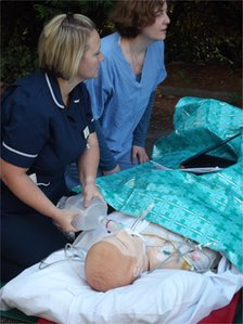 Nurses working with a SimMan mannequin