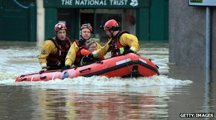 RNLI rescue a woman