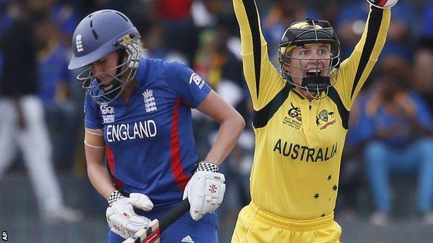 Laura Marsh and Australia captain Jodie Fields