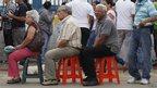 Voters queuing in Caracas (7 Oct)