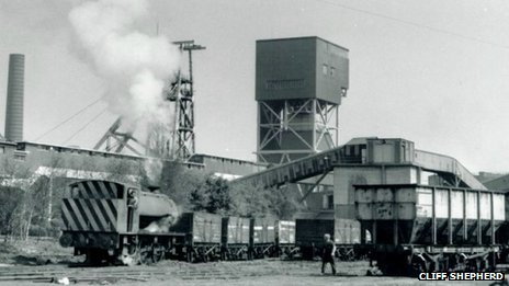 Coal loaded onto train at colliery