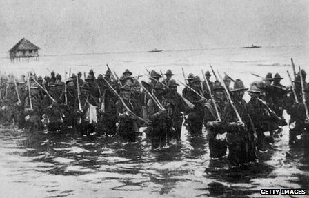 US troops before an attack on Manila during the 1898 Spanish-American war