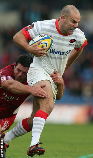 Saracens&#039; Charlie Hodgson on the charge during the win over London Welsh 