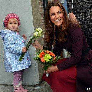 Duchess receiving flowers