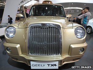 Manganese Bronz&#039;s TX4 taxi on show
