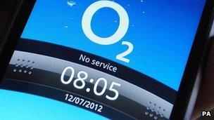 O2 phone shows no service warning
