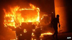 burning bus in cairo 12 oct 2012